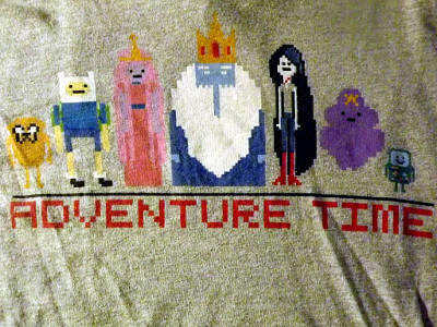 Adventure Time T-Shirt: Pixel Cast (Small)