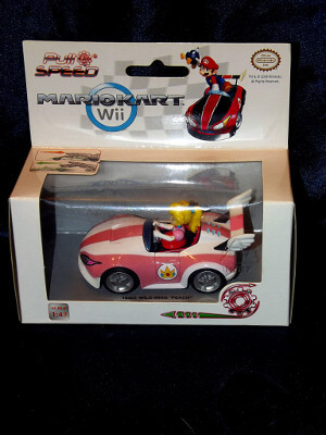 Super Mario Brothers Action Figure: Princess Peach Wild Wing Peach Car