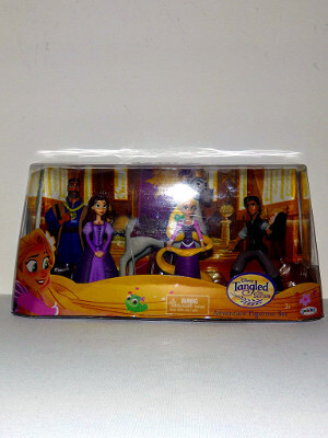 "Disney's Tangled Mini PVC Figures: 5"" Adventure Figurine Set (PVC)"