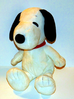 Peanuts Plushie: Snoopy