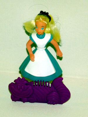 Alice in Wonderland Action Figure: Alice with Comb